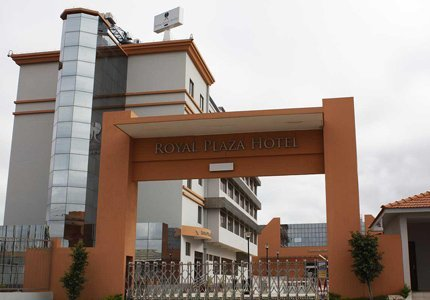 Royal-Plaza-Hotel-1