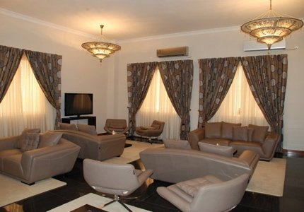 Royal-Plaza-Hotel-4