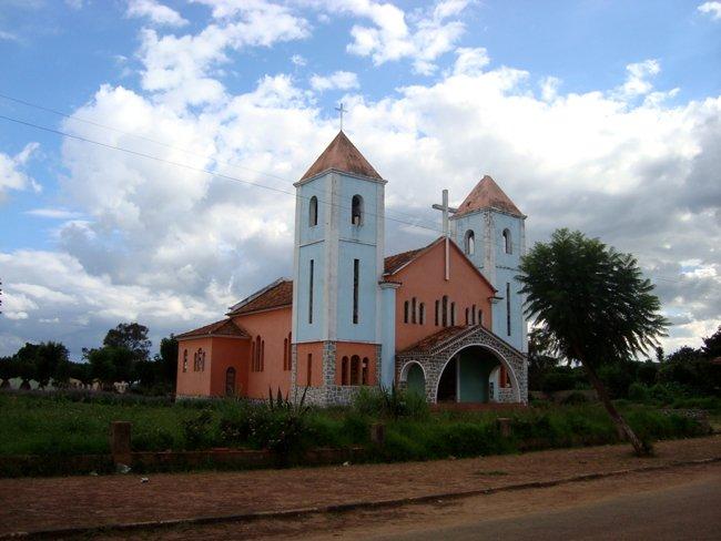 Igreja do Chinguar Bie Angola