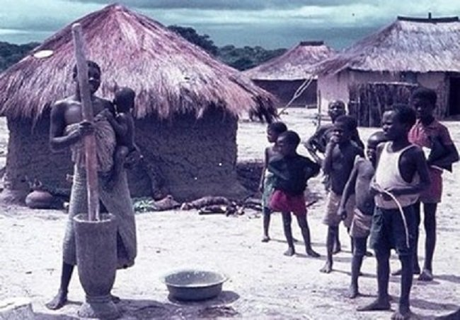Povo Lunda-Tchokwe-Lunda-Sul-Angola